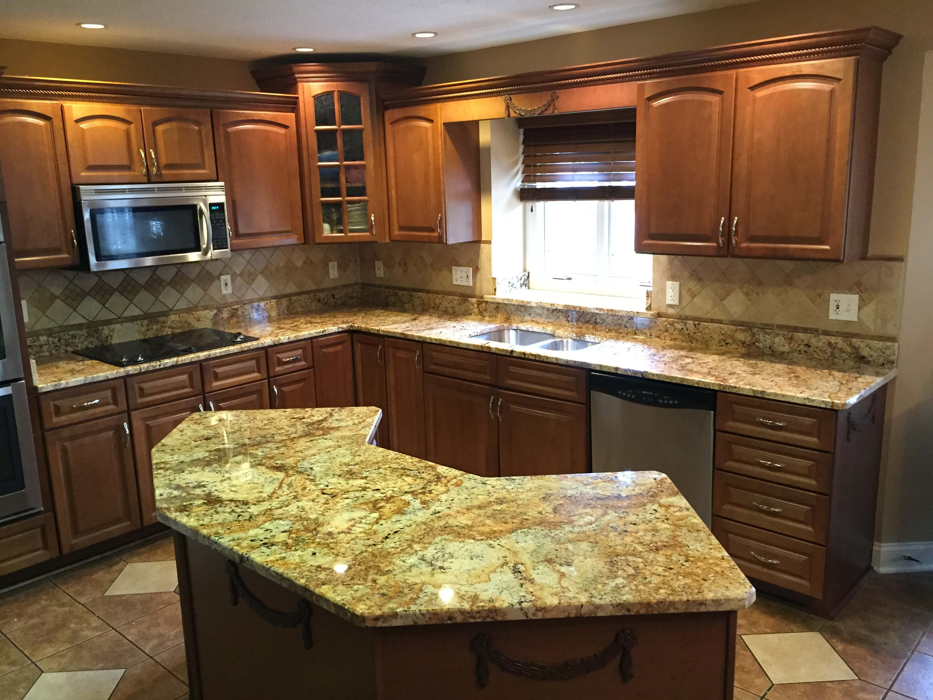 Granite Counter Tops : Kitchen granite countertops city cleveland oh
